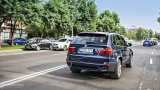 BMW X5 xDrive 40d M Pack driving