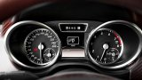 2013 MERCEDES G-Class Cabriolet speedometer and rev counter