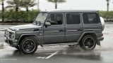 MERCEDES-BENZ G63 AMG driving in the rain