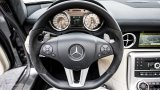 Mercedes-Benz SLS AMG Roadster steering wheel