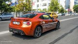 TOYOTA GT 86 city driving