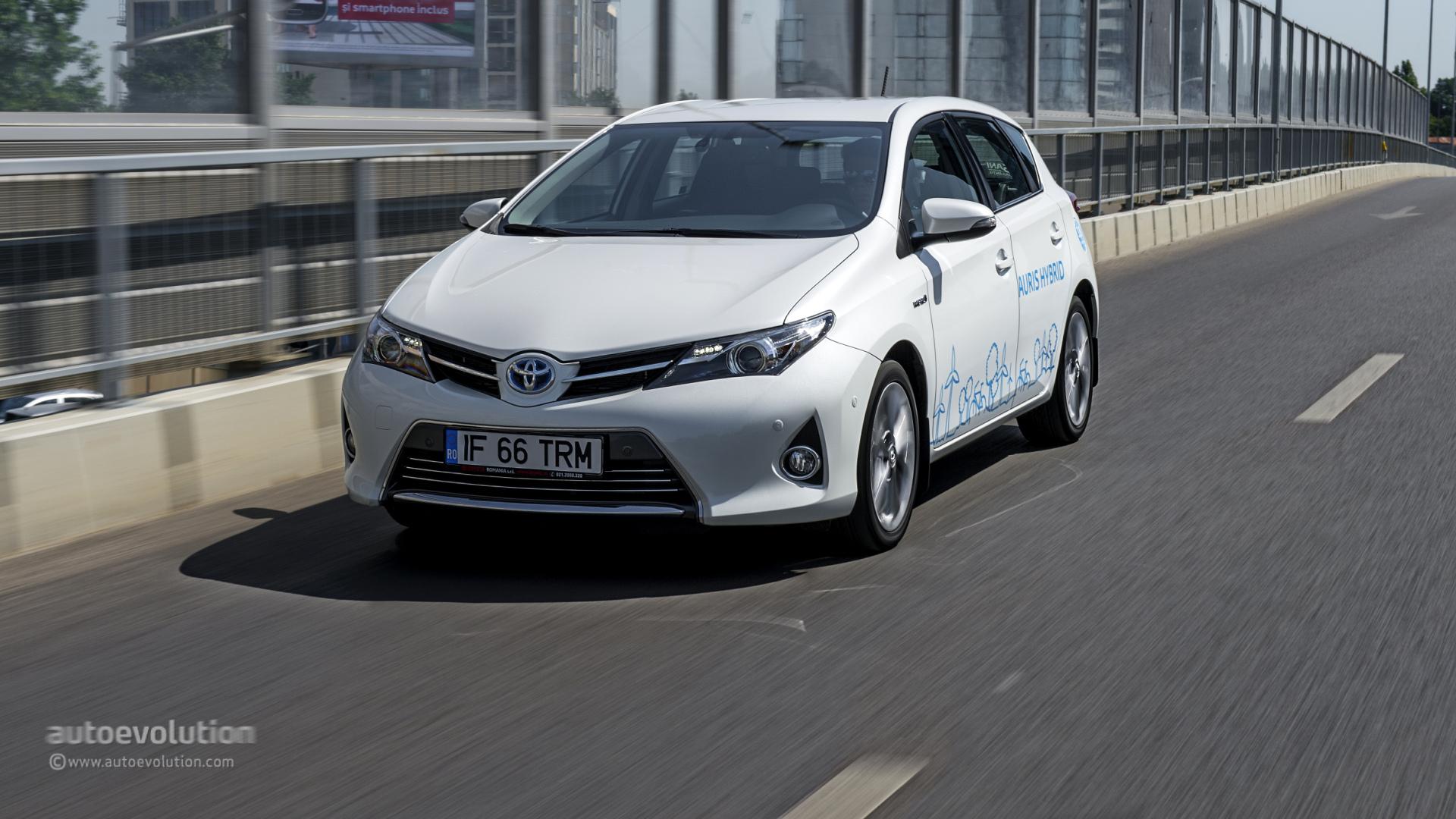 Toyota Auris Diesel 2016 >> TOYOTA Auris Hybrid Review - autoevolution