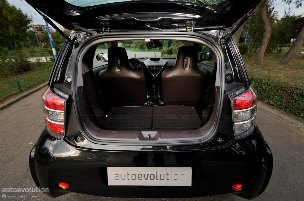 Toyota Iq Review Autoevolution