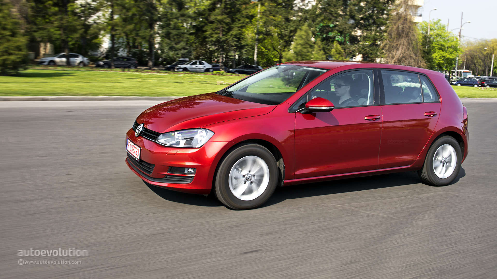 VOLKSWAGEN Golf 7 Review - autoevolution