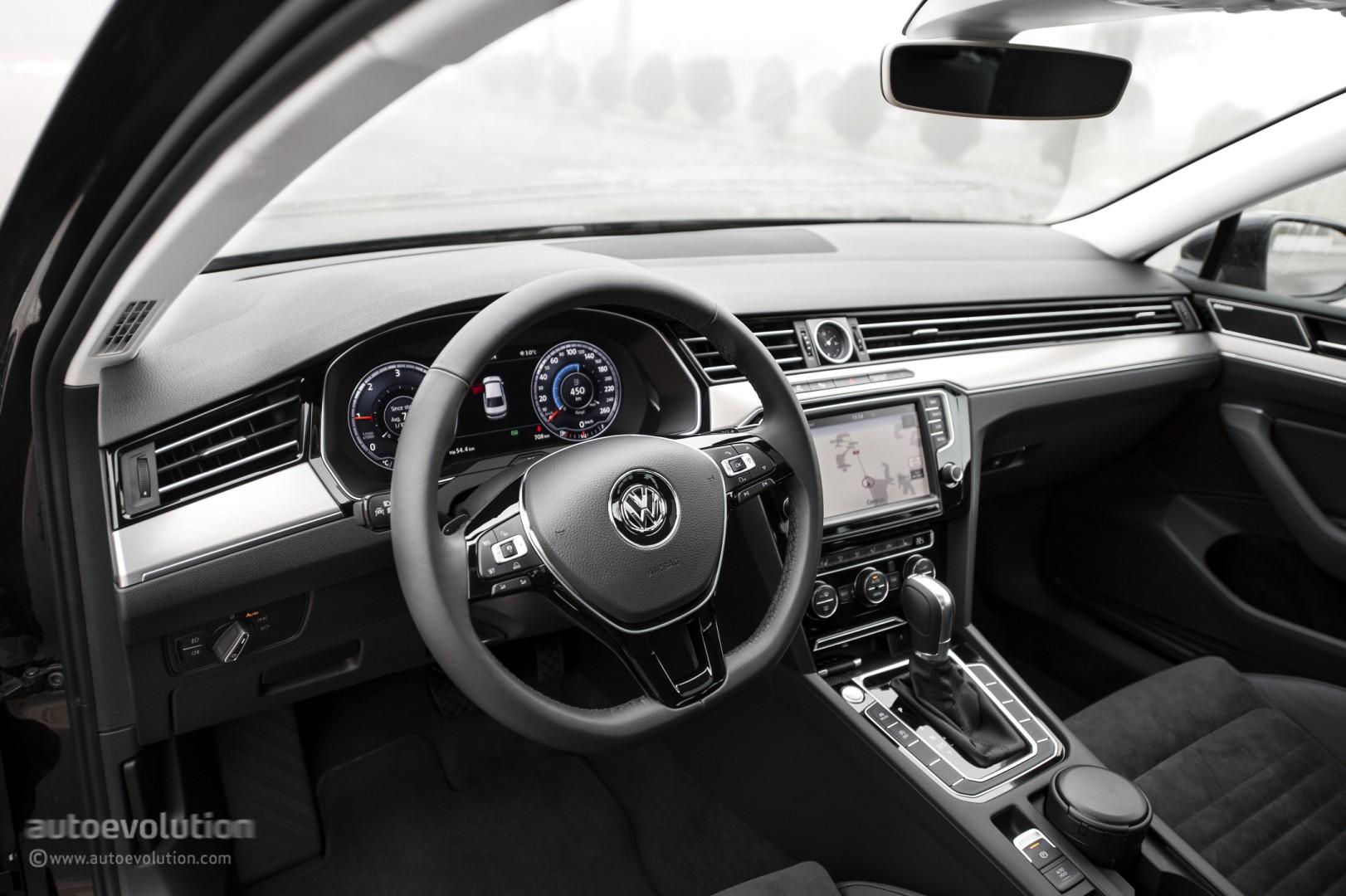 2015 VOLKSWAGEN Passat Review autoevolution
