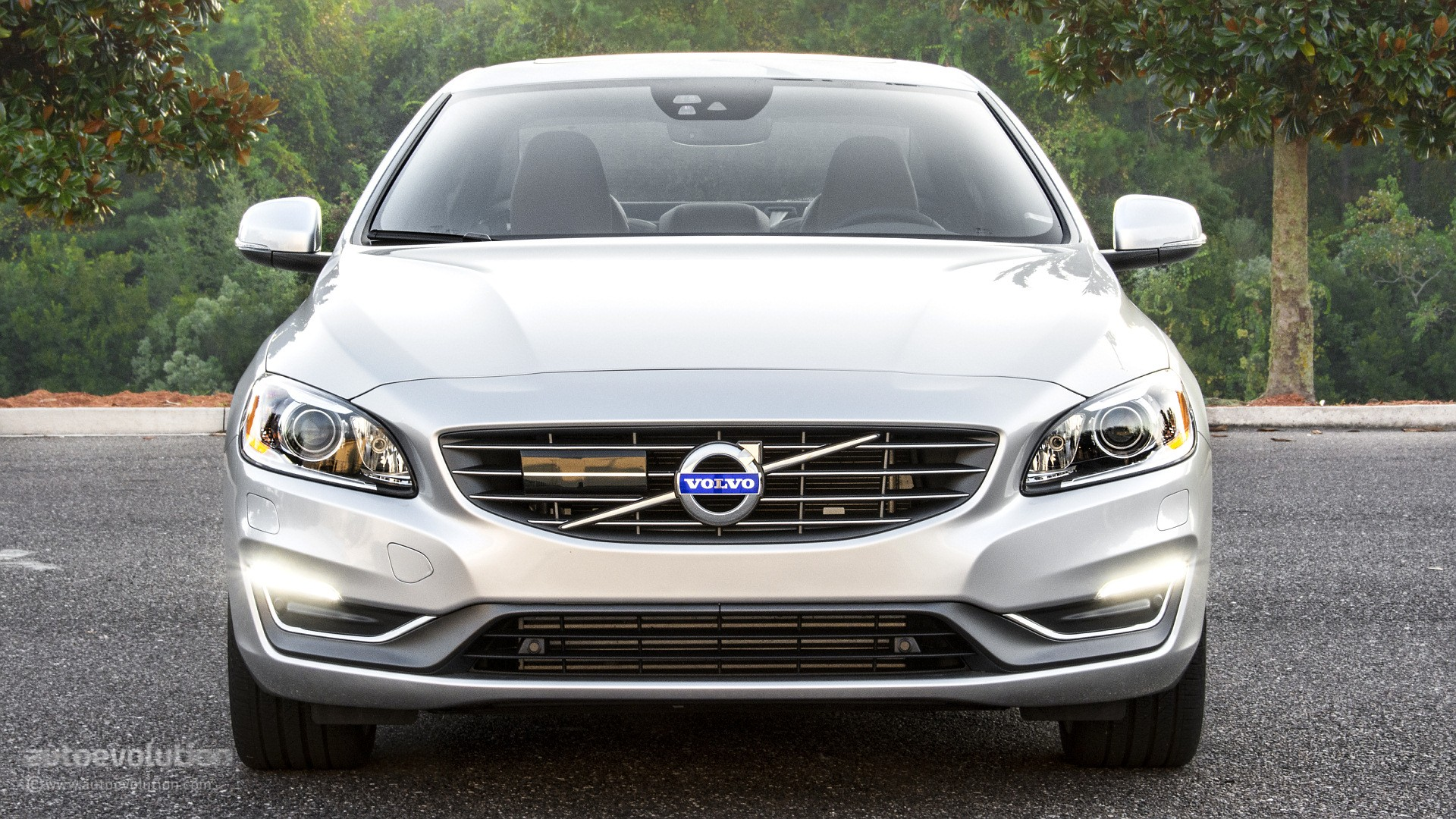 2015 Volvo S60 Drive-E Review - autoevolution