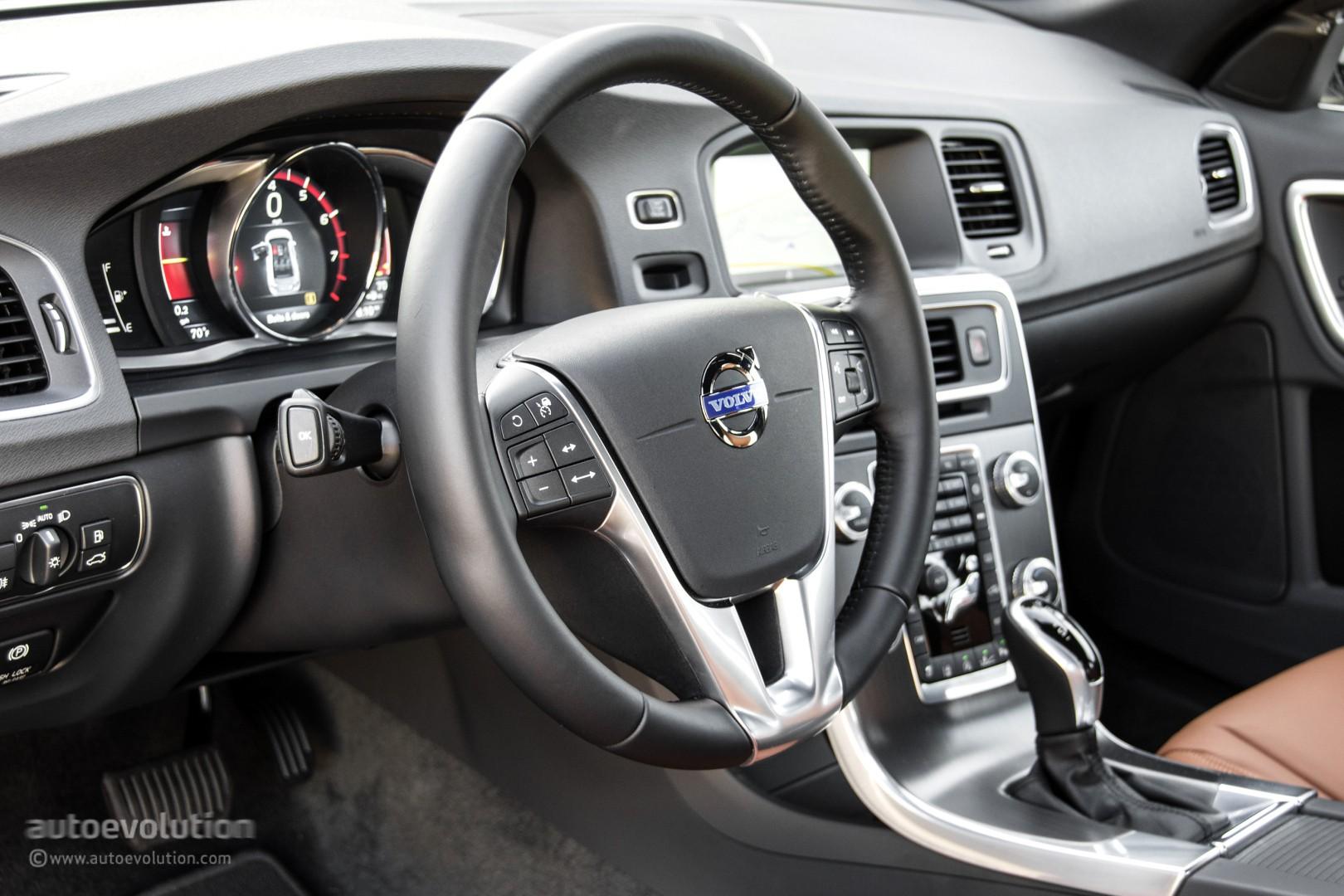 2015 Volvo S60 Drive-E Review - autoevolution