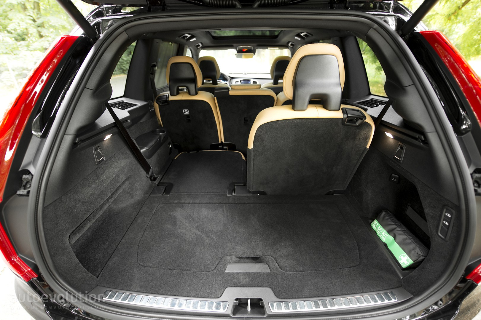 2016 Volvo Xc90 T6 Review Page 2 Autoevolution
