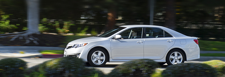 TOYOTA Camry review & photos