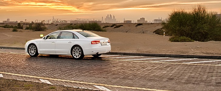 AUDI A8 L  - In the city