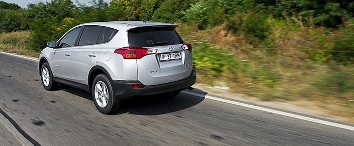Difference Between 2014 Rav4 And 2015rav4
