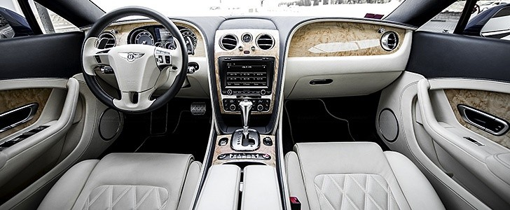BENTLEY Continental GT W12  - Interior