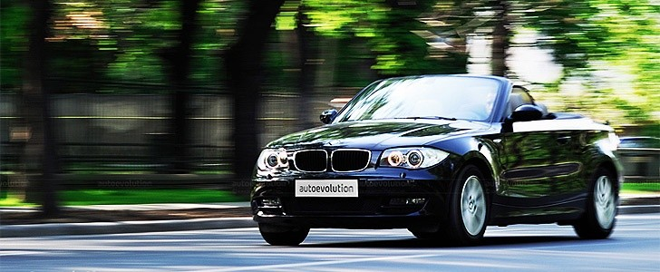 BMW 120i Cabriolet  - In the city