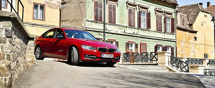 BMW 3 Series - In the city