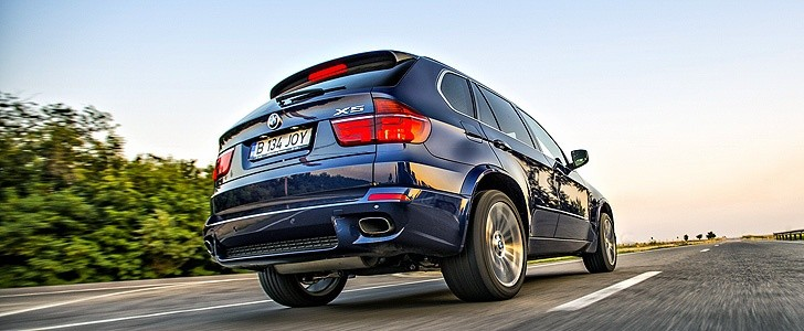 BMW X5  - Open road