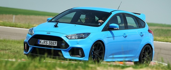 2016 Ford Focus Rs Page 1