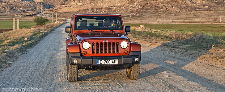 JEEP Wrangler Facelift - Open road