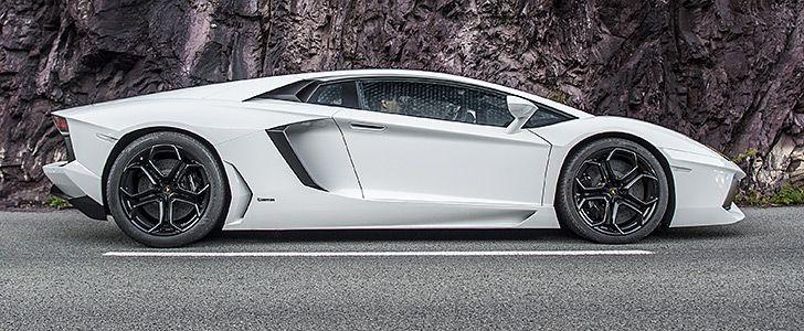 Lamborghini Aventador Review Exterior Autoevolution
