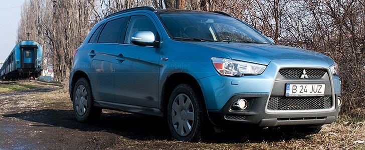 MITSUBISHI ASX  - In the city