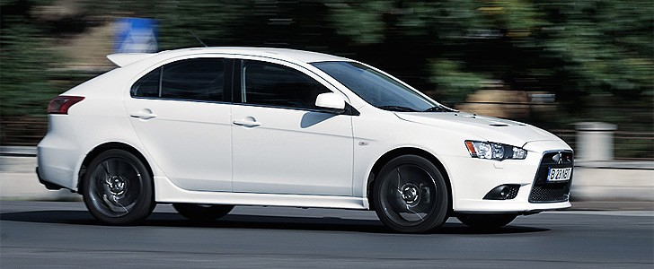 MITSUBISHI Lancer Sportback Ralliart  - Open road
