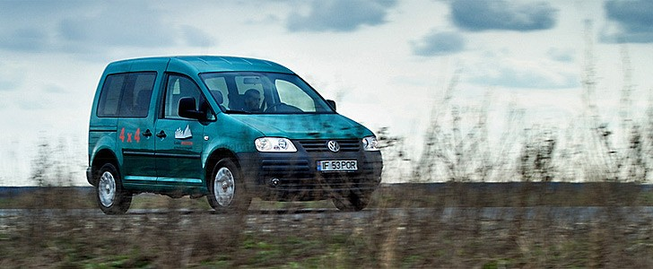 volkswagen caddy review autoevolution. Black Bedroom Furniture Sets. Home Design Ideas